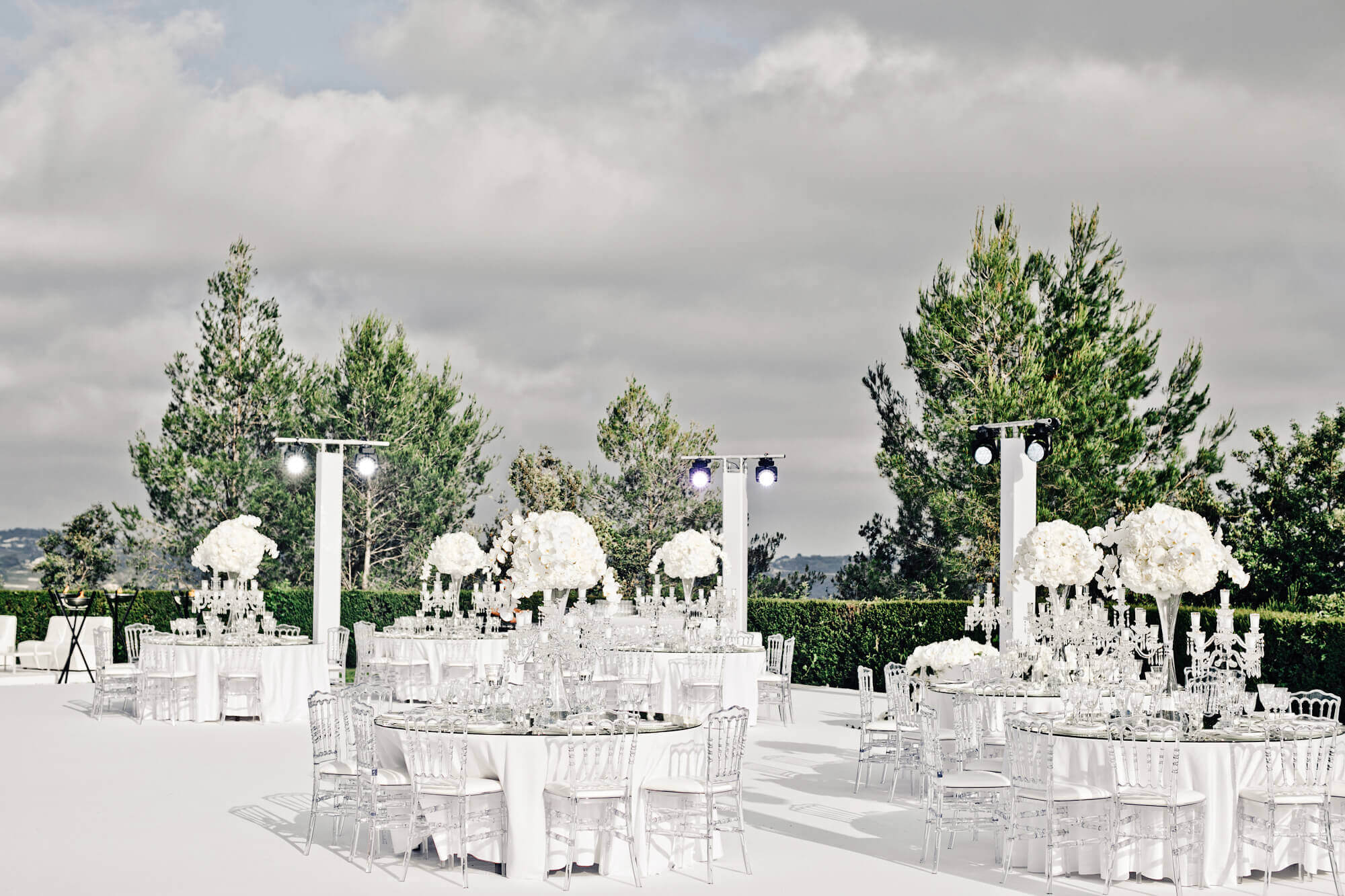 Свадебный банкет под открытым небом. Свадьба во Франции