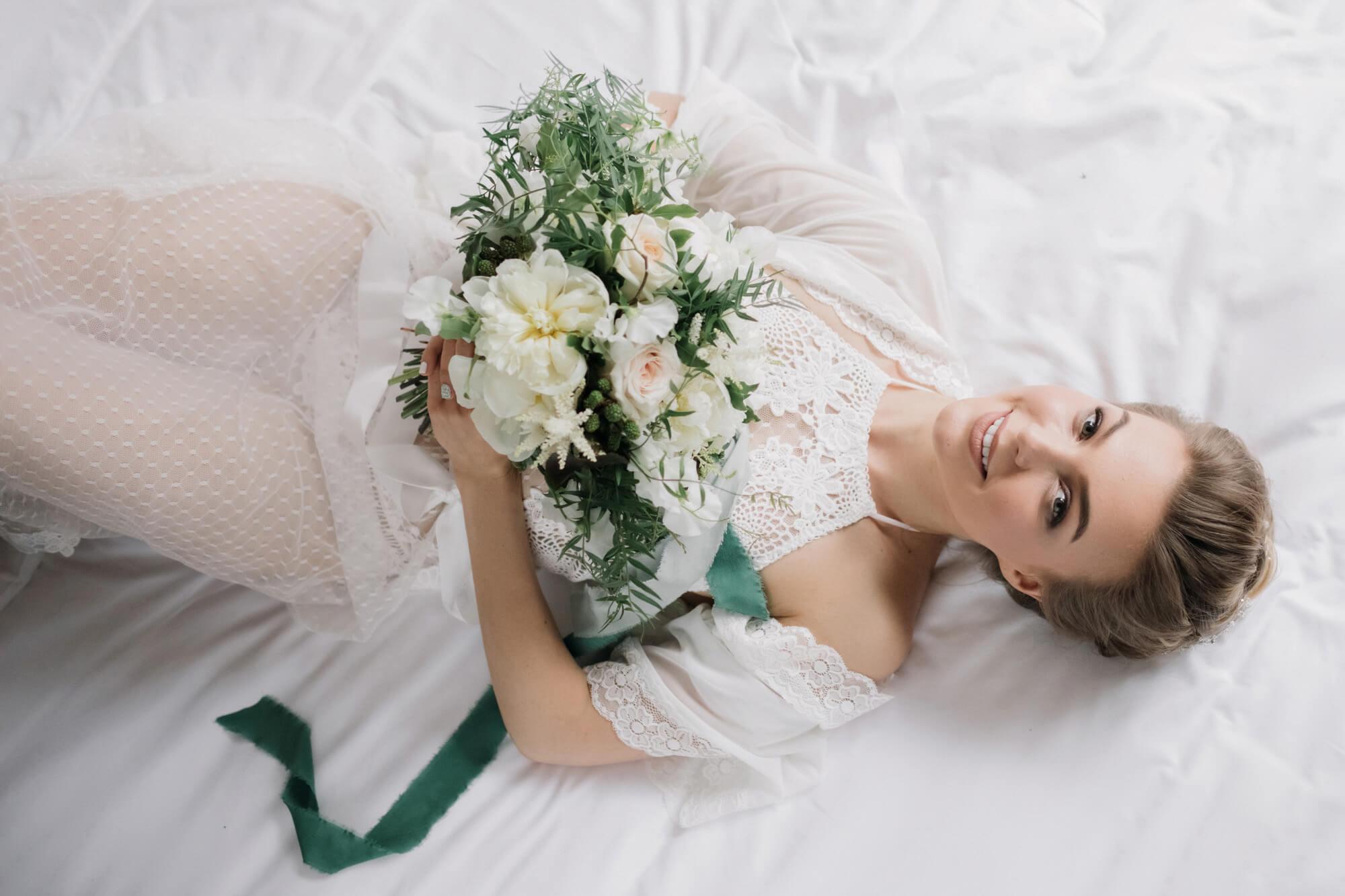 Будуарная фотосессия невесты