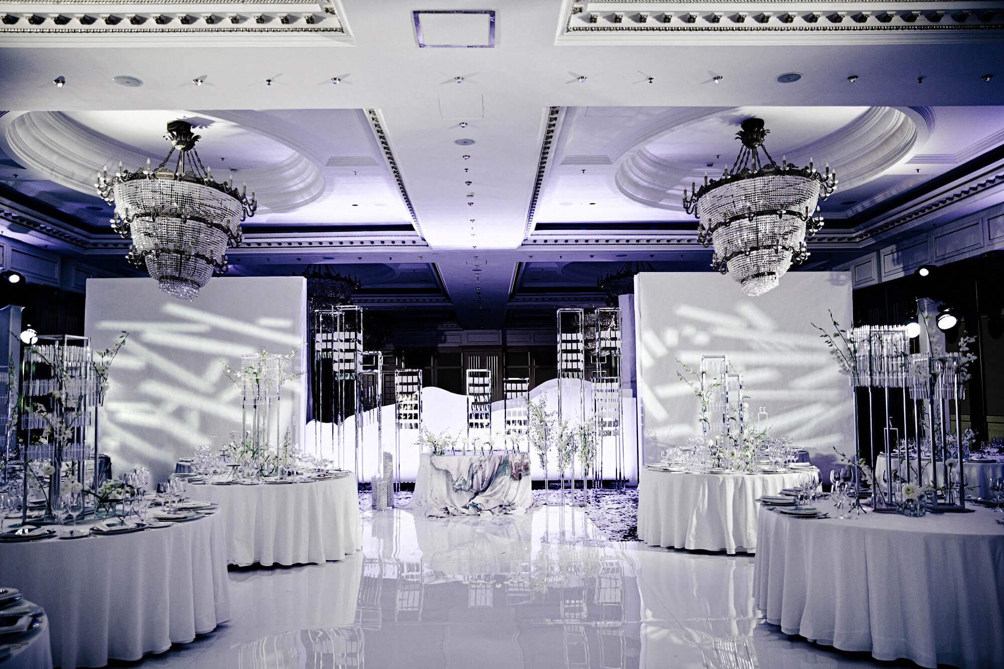 Оформление зала в Ритц Карлтон. Белая свадьба